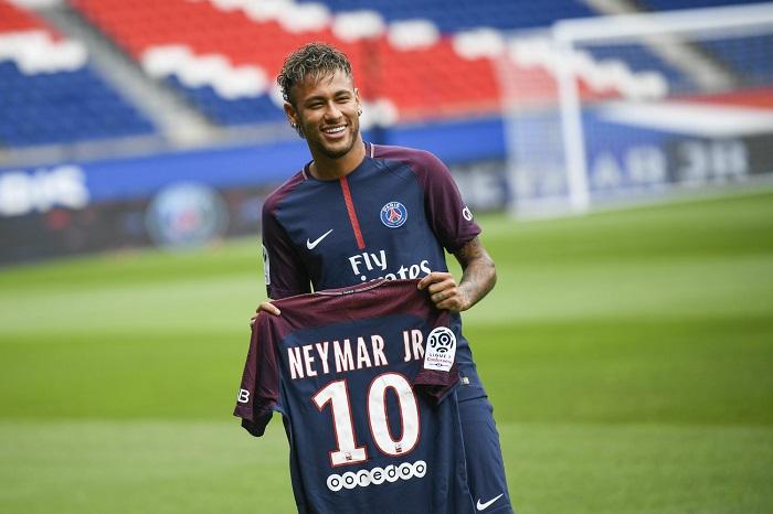 Top 10 cầu thủ có giá trị chuyển nhượng cao nhất thế giới - Neymar