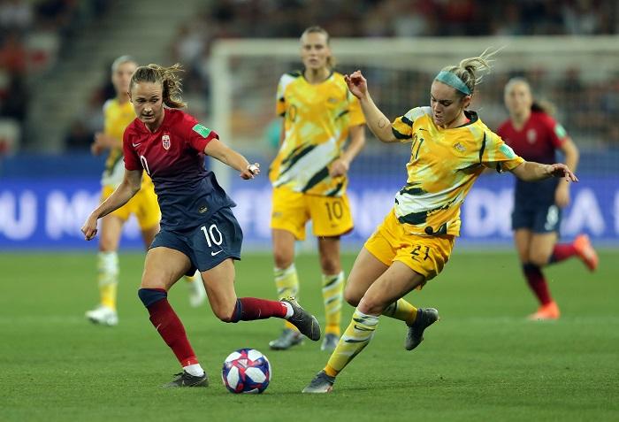 Nữ Australia đứng thứ 7 thế giới
