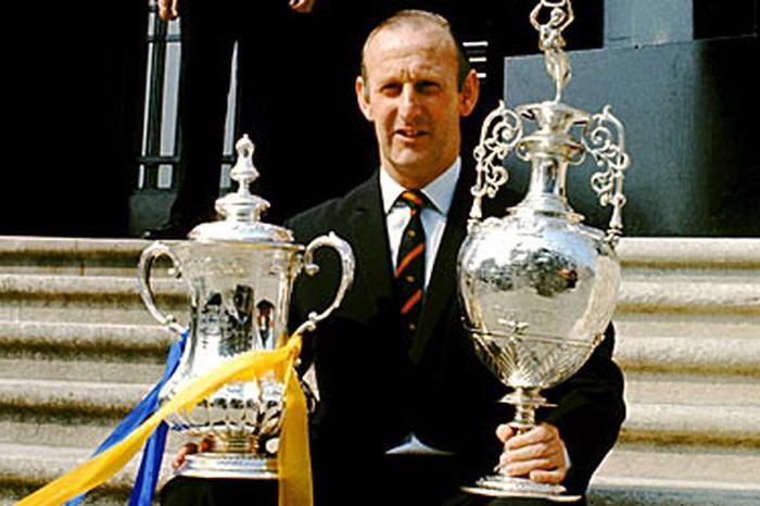 Bertie Mee giúp Arsenal giành thương hiệu sau 18 năm không tồn tại gì