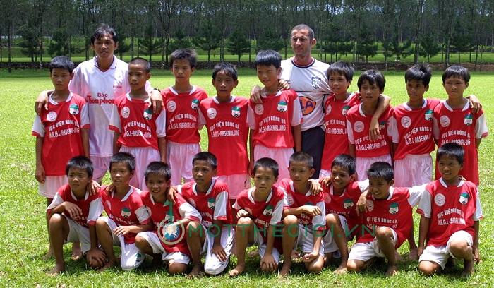 Cầu thủ trẻ khóa 1 học viện chuyên nghành bóng đá HAGL-Arsenal-JMG