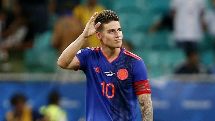 James đã giành được Chiếc giày vàng World Cup 2014 trong màu áo đội tuyển Colombia