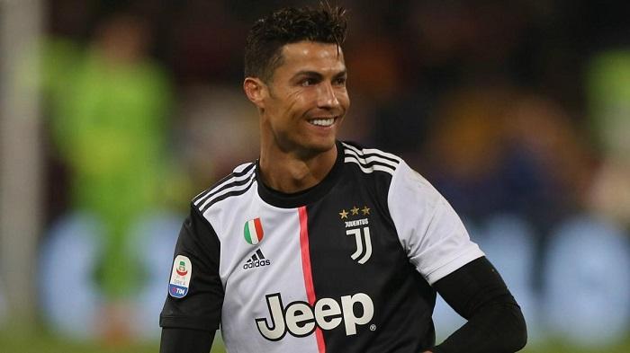 Tiền đạo là gì?  Những tiền đạo xuất sắc nhất toàn thế giới - Ronaldo