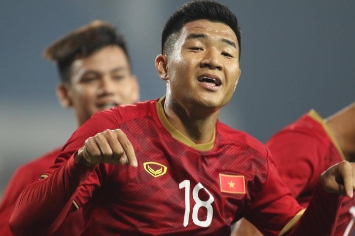 Cầu thủ Hà Đức Chinh một là ai