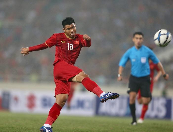 Cầu thủ Hà Đức Chinh 4 là ai