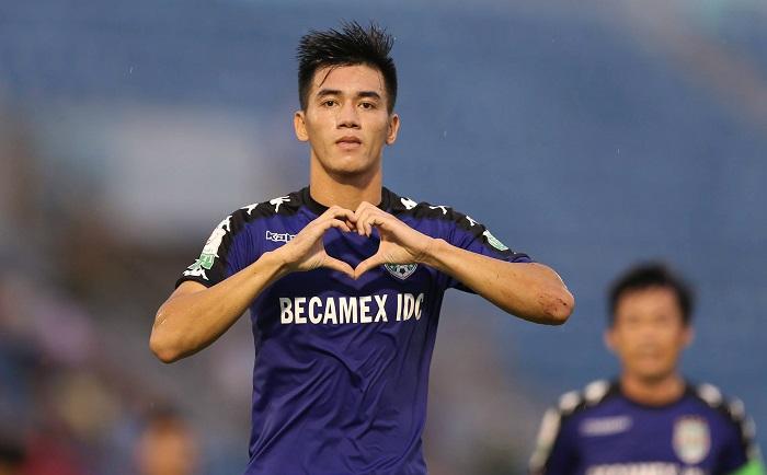 Cầu thủ Nguyễn Tiến Linh là ai 2