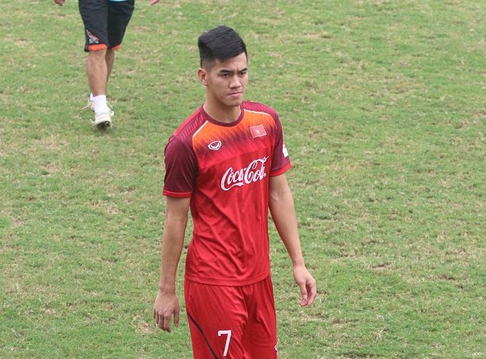 Cầu thủ Nguyễn Tiến Linh là ai 3