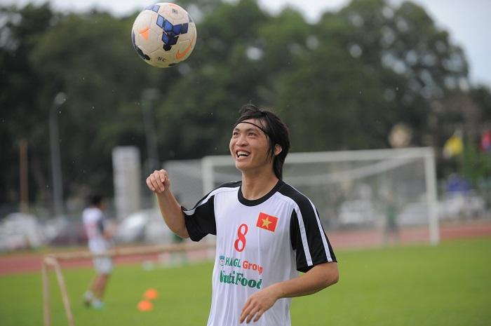 Nguyễn Tuấn Anh - Cầu thủ có đôi chân pha lê