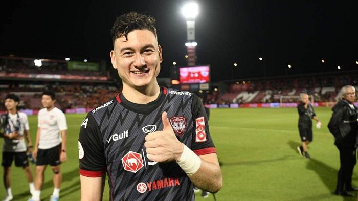 Đặng Văn Lâm sang Thái Lan tranh tài cho Muangthong United
