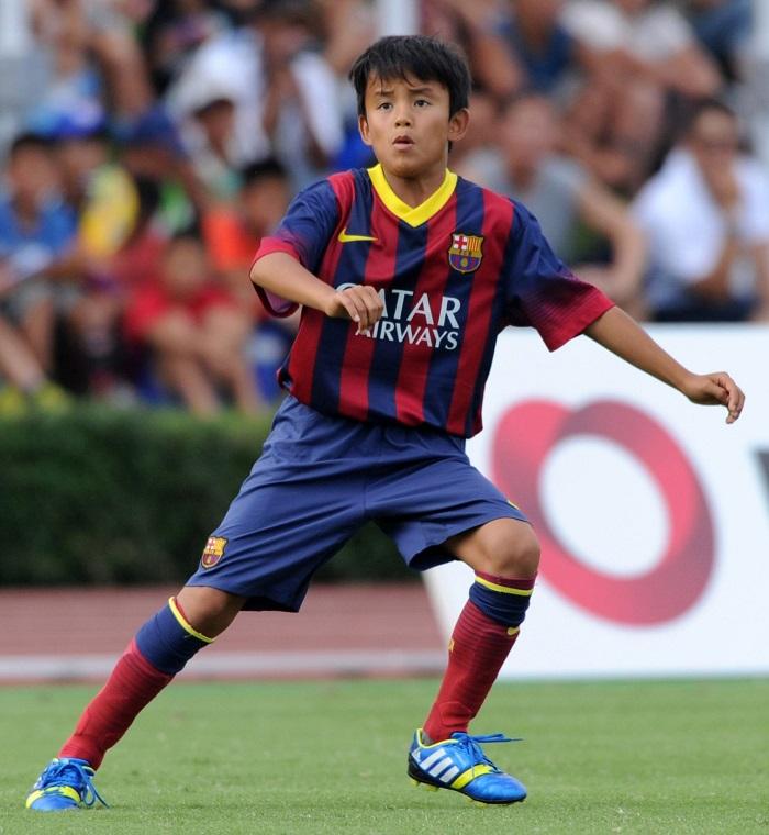 Kubo khi còn thi đấu cho đội trẻ Barca