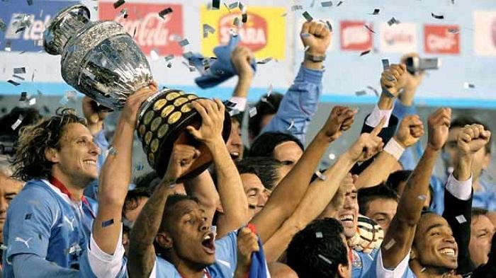 Uruguay là đội giàu thành tích nhất với 15 lần lên ngôi vô địch