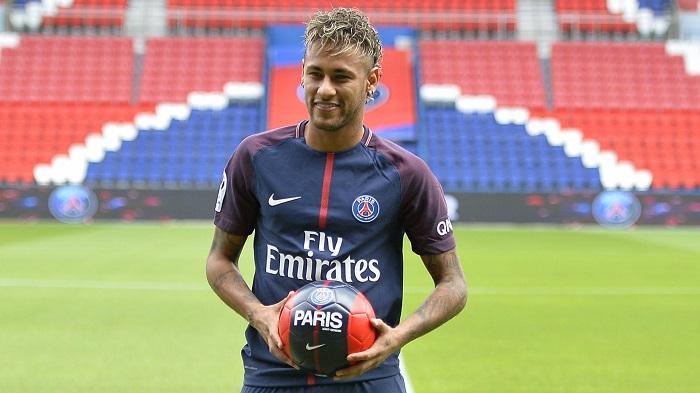 Top 10 cầu thủ giàu nhất toàn thế giới - Neymar