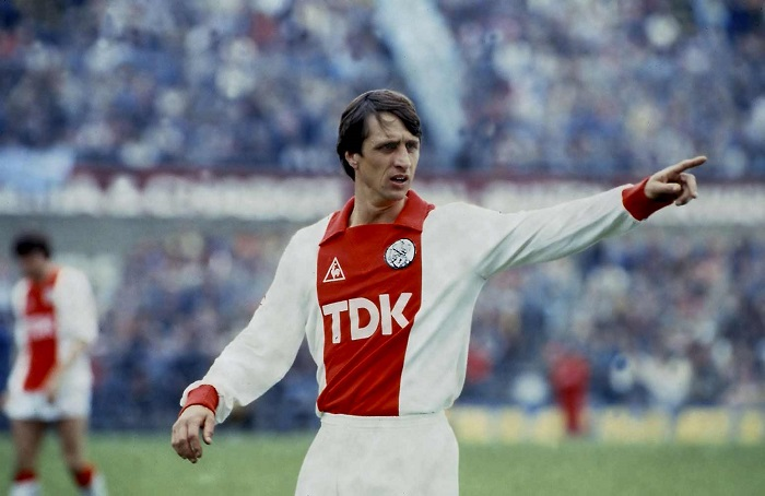 Johan Cruyff.  - Câu lạc bộ bóng đá Ajax Amsterdam
