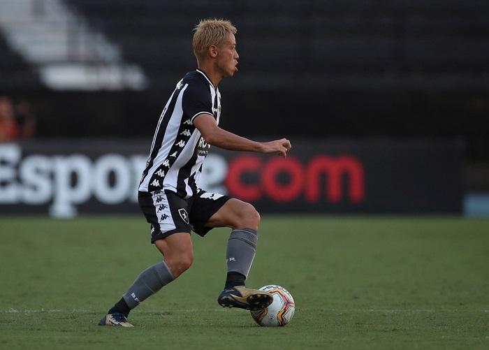 Keisuke Honda mang trong mình dòng máu của CLB Botafogo