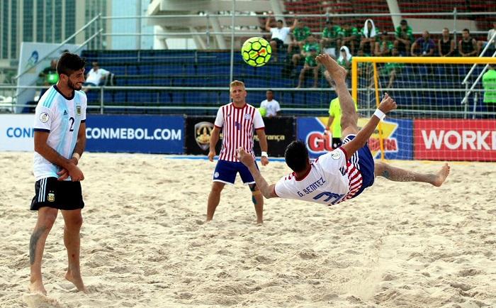 Bóng đá bãi biển tiếng Anh là gì 3