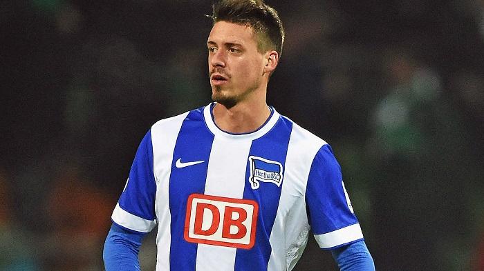 Sandro Wagner khi còn thi đấu cho Hertha Berlin