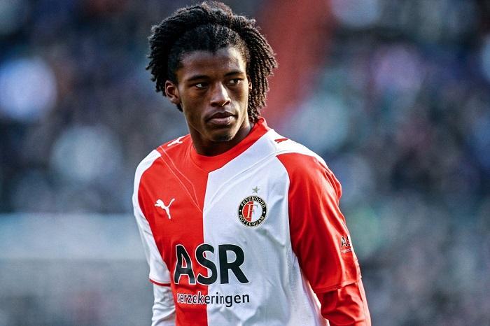 Georginio Wijnaldum trong màu áo của Feyenoord