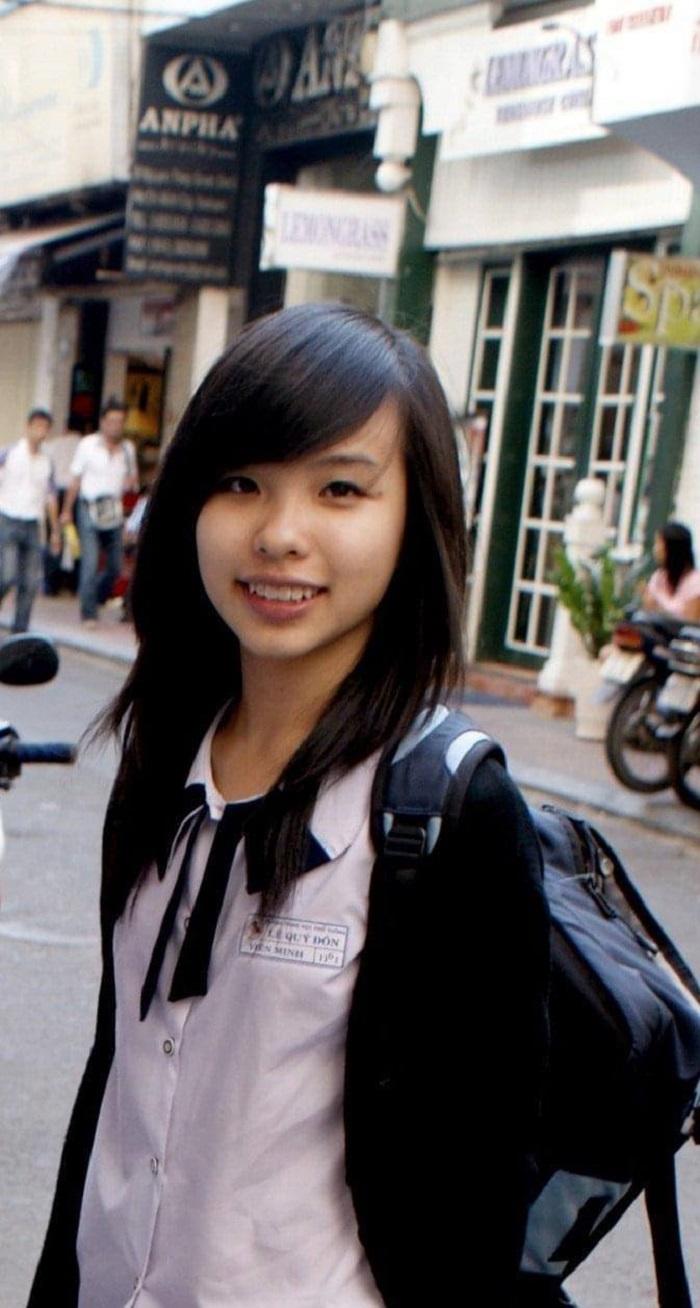Tô Ngọc Viễn Minh - Bà xã của tiền đạo Nguyễn Công P.hượng
