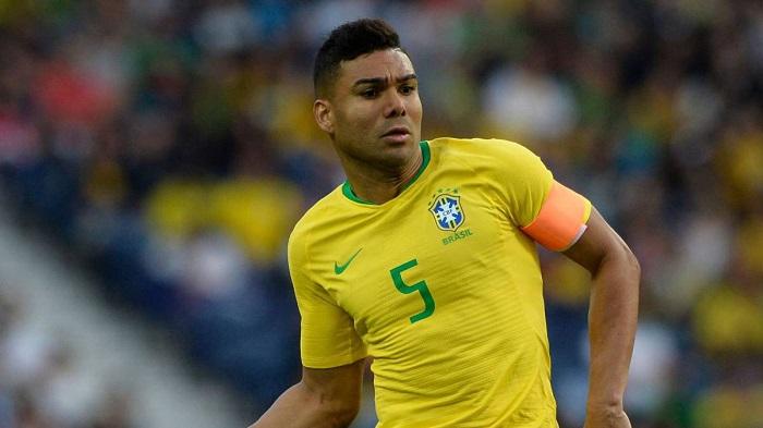 Casemiro trong màu áo ĐT Brazil