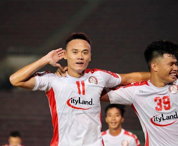 Nguyễn Xuân Nam - Cầu thủ Việt Nam được mời khoác áo ĐTQ.G Lào